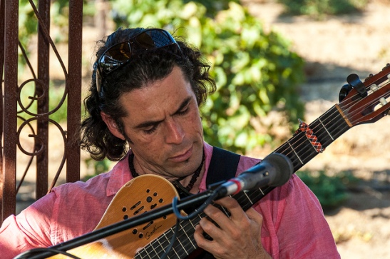 David de Alva plays flamenco and jazz samba at La Tomatina at Europa Village Winery in Temecula (c) Crispin Courtenay