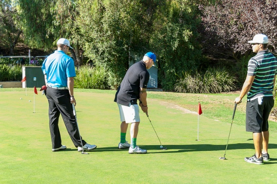 Putting Challenge at Red Hawk Golf Course for Michelle's Place Celebration of Life tournament 2013 (c) Crispin Courtenay