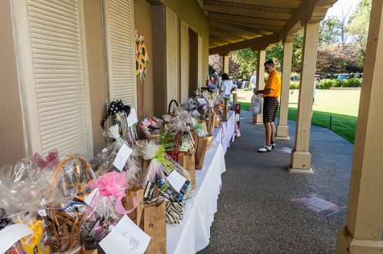 The Basket raffle drew entries from contestants and crowd at Temecula's Redhawk Golf Course (c) Crispin Courtenay