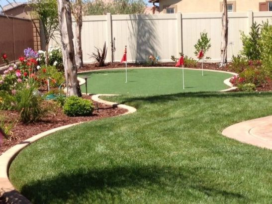 Backyard putting green, the perfect place for a 19th hole in Temecula