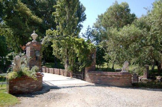 The Humphrey's Estate in Temecula, courtesy photo by Jennifer P.