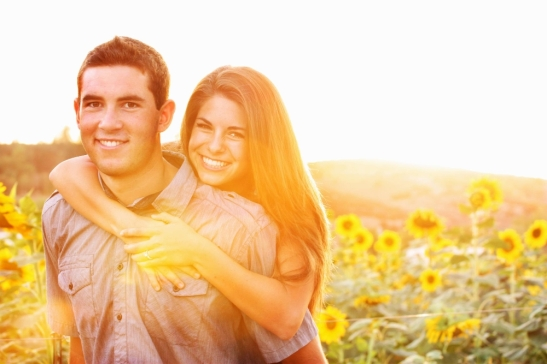 Fall Photos perfect for engagement announcements at Peltzer Farms, Temecula, CA
