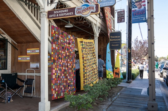 Storefronts with quilts in old town Temecula (c) Crispin Courtenay