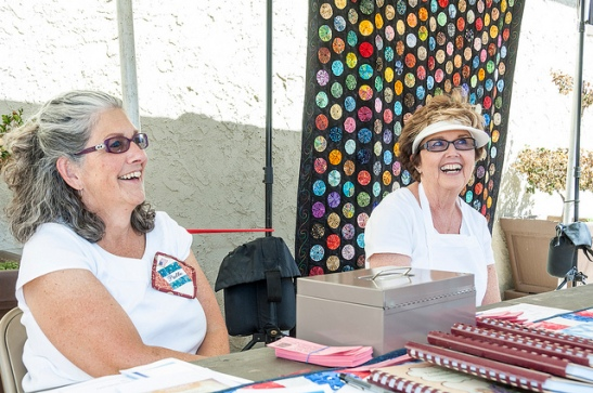 Volunteers at quilt festival (c) Crispin Courtenay