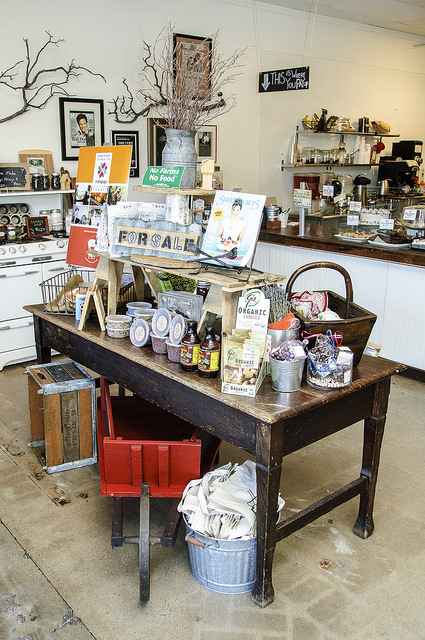 Farm tables set up with local artisan's wares at E.A.T. Marketplace in Temecula (c) Crispin Courtenay