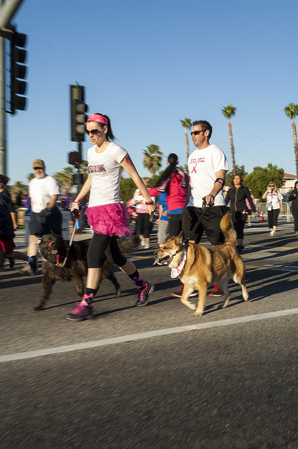 People and Pets Susan G. Komen Race for the cure in Temecula (c) Crispin Courtenay