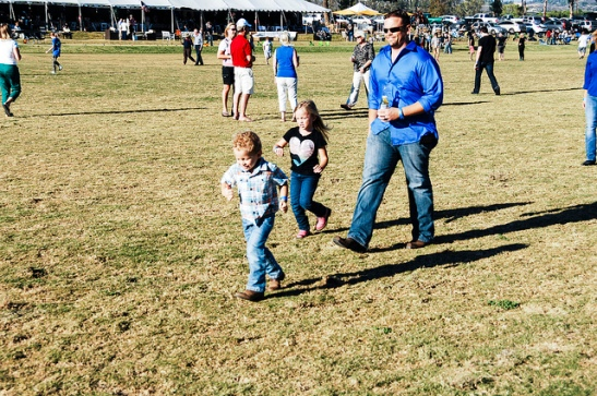 The ever popular halftime divot stomp, at Temecula Valley Polo Club (c) Crispin Courtenay