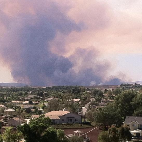 2:10 PM Camp Pendleton fire looking west from Fallbrook, California (c) Denise Harmer