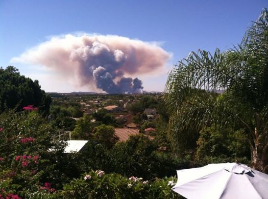 2:00 PM Camp Pendleton fire looking west from Fallbrook, California (c) Denise Harmer