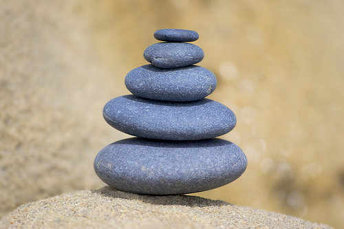 Feng Shui stones (Flickr, MySpaceDesigners)