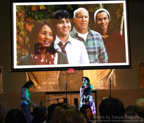 Tammy Wilson presenting Elsa Brewer's award at An Evening Under the Oaks 2014 (c) Peter Zaayer