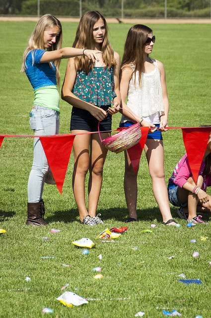 Kids of all ages enjoy Temeku Hills Park celebrates Easter Egg Hunt (c) Crispin Courtenay