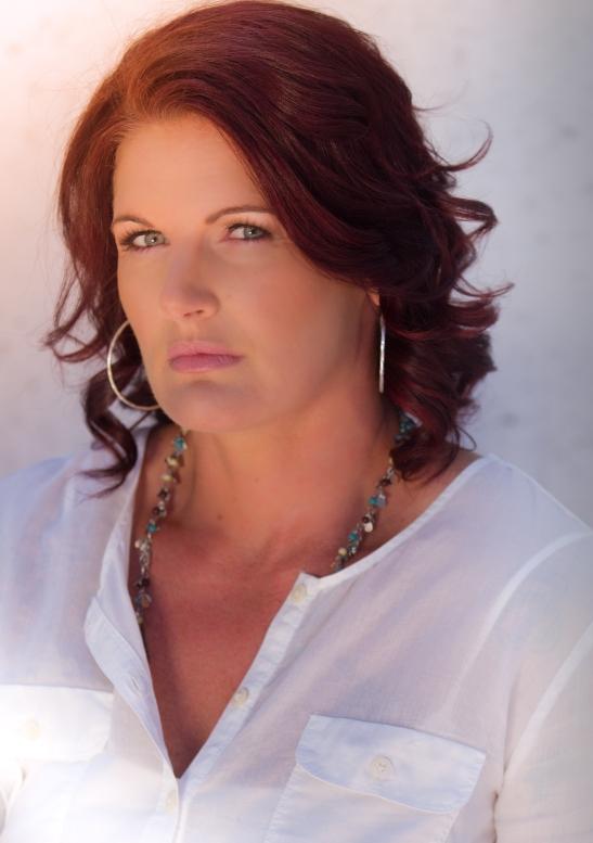 Lea Roberts, Owner of Primal Cravings (c) Shawna Sarnowski