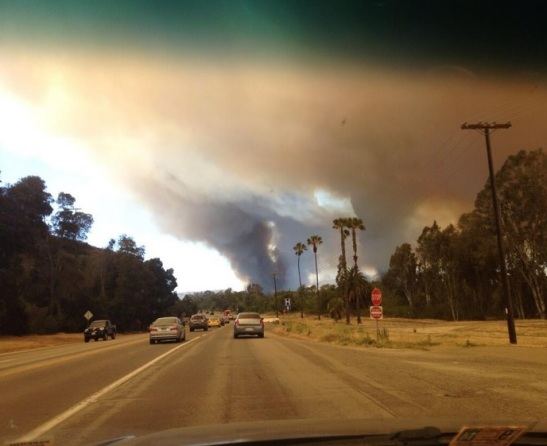 Las Pulgas Fire images show leading edge of smoke column in San Diego County (c) Aaron Balderson